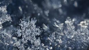 Zimowe eksperymenty doskonałym pomysłem na nudę